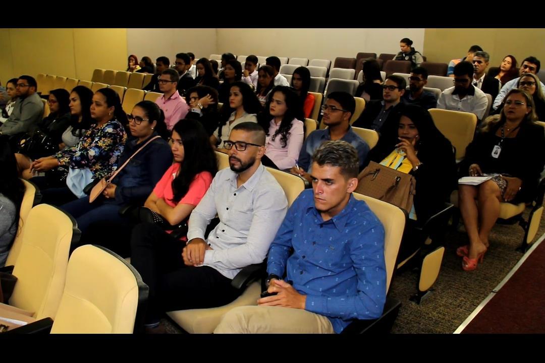 Estudantes de Direito da Faculdade Raimundo Marinho visitam o TJAL